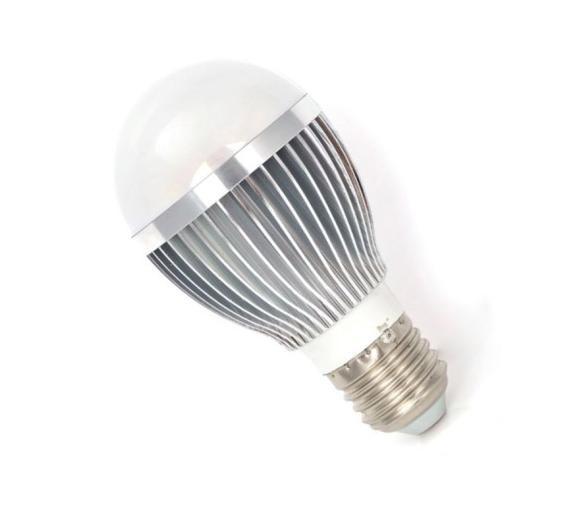 LED žárovka 6W, E27, bílé světlo